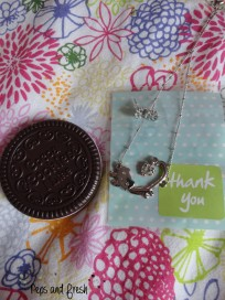 Miroir-peigne cookie et cadeaux
